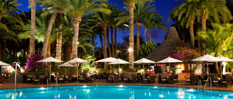 Bar Africano is the most relaxed of our Maspalomas bars and restaurants offering a range of poolside snacks and drinks