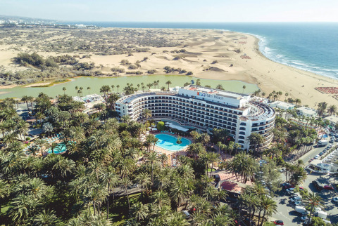 The Seaside Palm Beach is a 5 star hotel in Maspalomas with an unbeatable beachside location