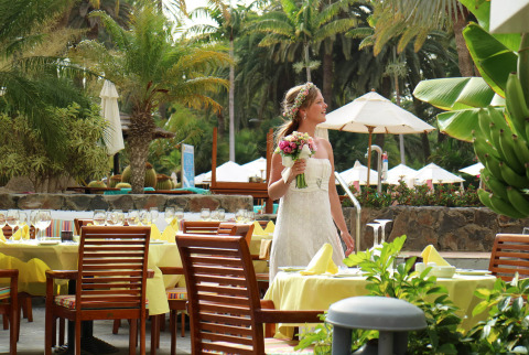 Celebrate in one of our outdoor spaces for weddings in Maspalomas