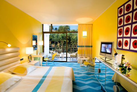 Superior rooms at the Seaside Palm Beach feature extra space and facilities