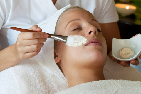 Enjoy endless facial and body treatments and wellness in Maspalomas