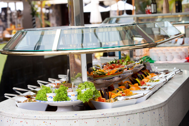 Spectacular buffets leave nothing to be desired at the Main Restaurant.